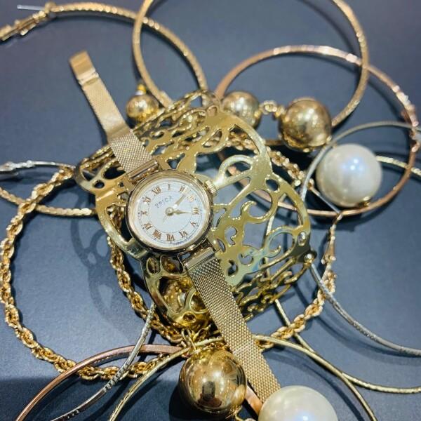 クリスマスのギフトにぴったり!オシャレな時計【SPICA】